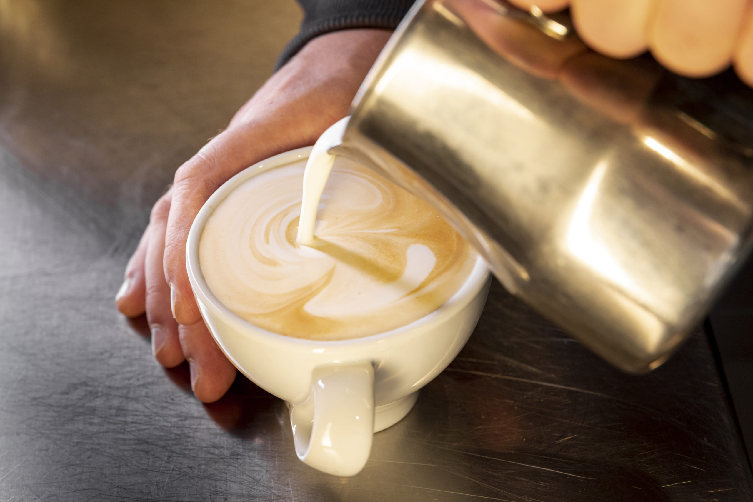 how to make frothed milk at home