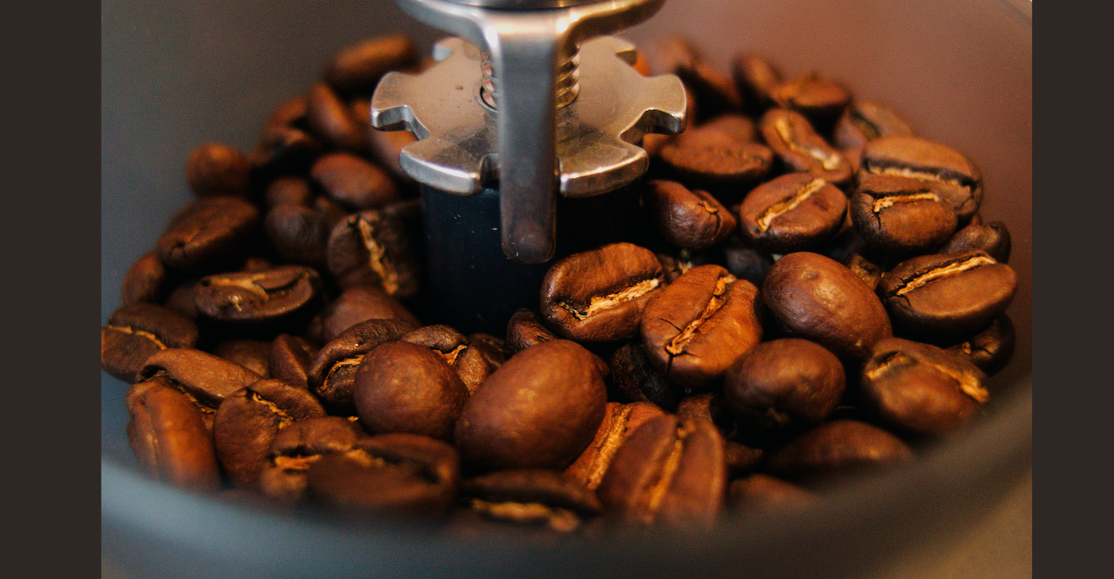 Easy Way How to Grind Coffee for Percolator 1